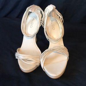 Easter heels 🐥